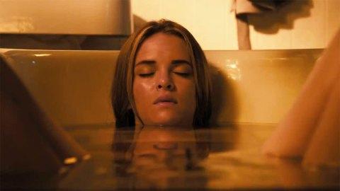 Danielle Panabaker stars in 'Piranha 3DD'
