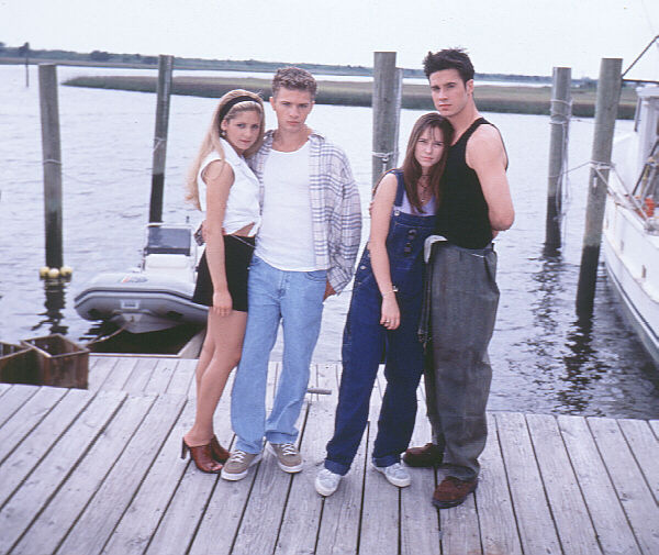 Sarah Michelle Gellar, Ryan Phillipe, Jennifer Love Hewitt, and Freddie Prinze Jr. on the Southport, NC set of 'I Know What You Did Last Summer'.