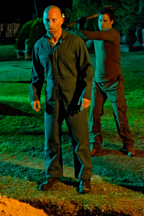 Matt Gerald as Ray Speltzer and Michael C. Hall as Dexter Morgan in Season 7, episode 4 of 'Dexter'. (photo: Randy Tepper/Showtime)