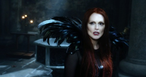 NC native Julianne Moore is wicked in 'Seventh Son'.
