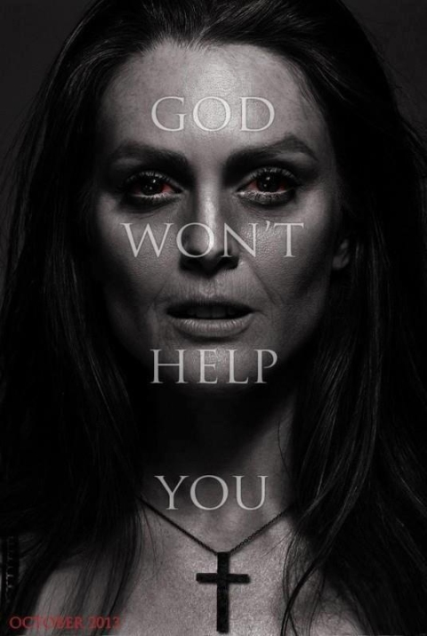'Carrie' Julianne Moore teaser poster