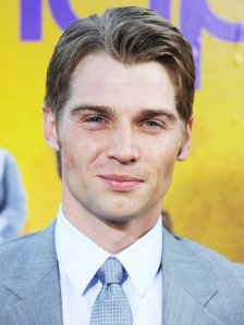'Under the Dome' has found its Barbie in Mike Vogel.