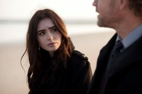 Lily Collins is Samantha Borgens in 'Stuck in Love', filmed in Wrightsville Beach, NC