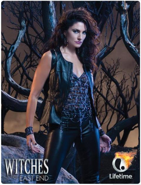 'Witches of East End' Madchen Amick Poster