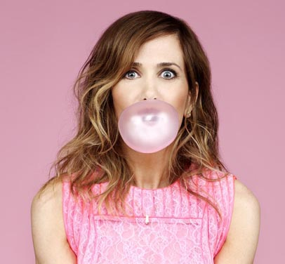 Kristen Wiig stars in an untitled heist comedy (formerly 'Loomis Fargo'), filmed in Asheville, North Carolina.
