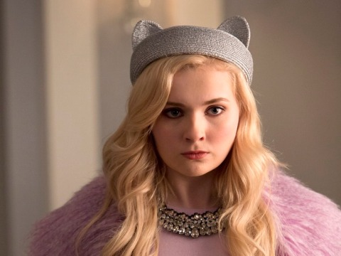 Abigail Breslin will star in a remake of 'Dirty Dancing', to be filmed in North Carolina.